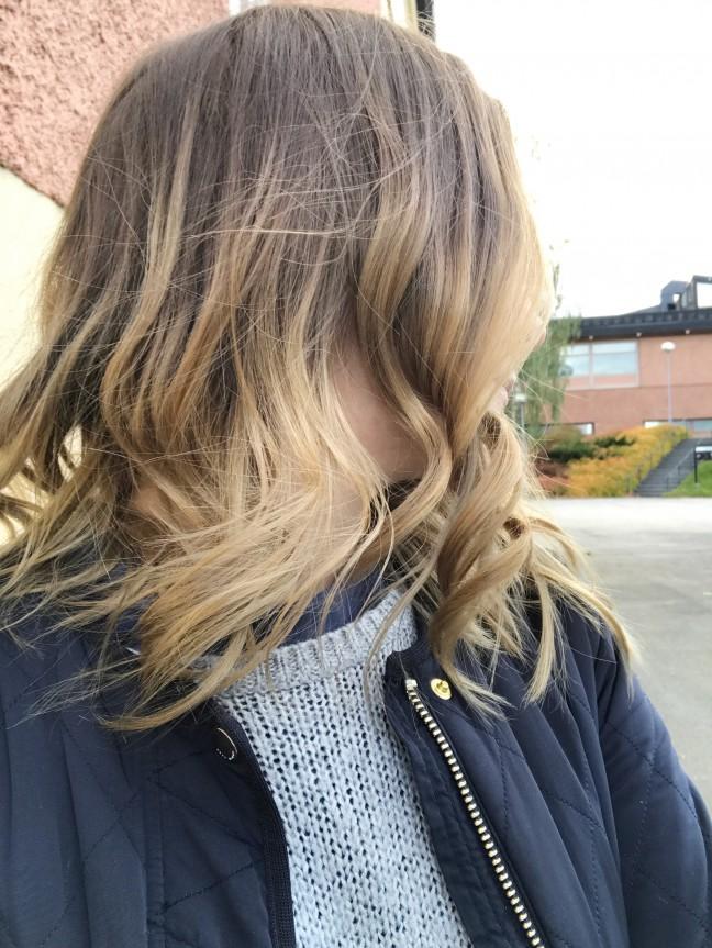 ljusa upp mörkt hår
